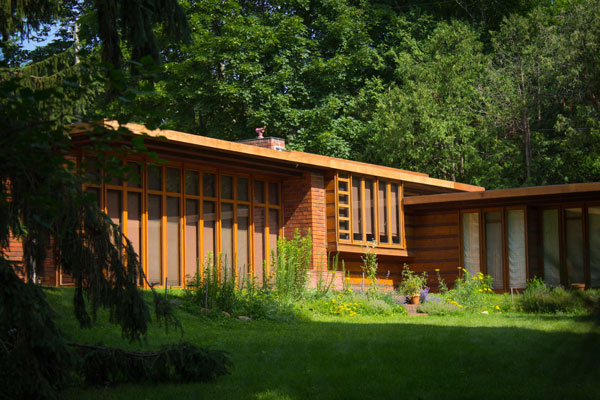 Frank lloyd wright 39 s usonian house mid century modern for Contemporary home builders wisconsin
