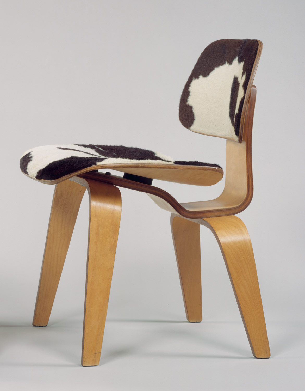 Charles and ray eames mid century modern hudson valley for Chaise design charles eames