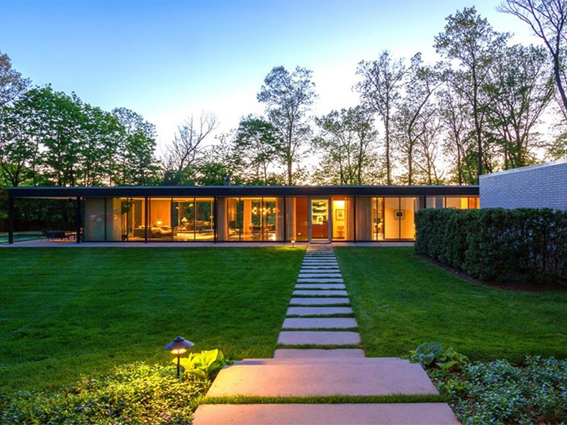 Mid century modern homes for sale for Modern house auction